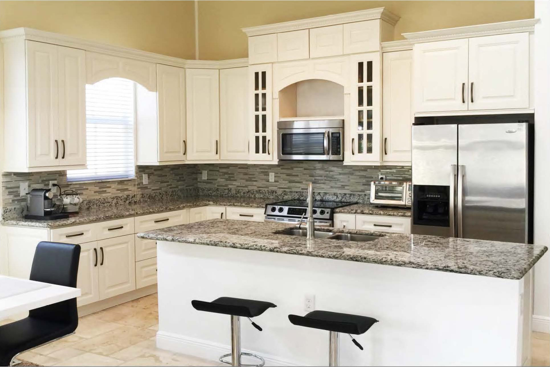 Newport Kitchen Cabinets